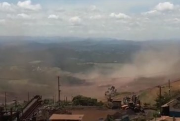 Рухна стена на рудник, има загинали, 200 в неизвестност