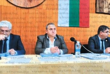 """Само с двама """"против"""" и 4-ма """"въздържали се"""" ОбС прие финансовата рамка за 2019 г. на община Дупница"""