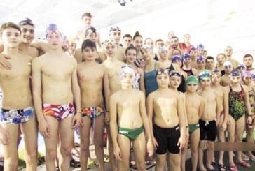 """Плувците на """"Пирин"""" почиваха само 48 ч. около Нова година след съвместен лагер с гърци"""