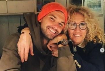 Гришо честити рождения ден на майка си