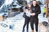 Дупнишкият борец К. Милов се потопи в снежната приказка на Рила с приятелката си, вдига адреналина с нощно каране на сноуборд