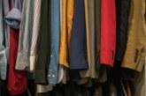 Лесни трикове за премахване на най-упоритите миризми от дрехите