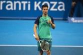 Благоевградски тенис надежди бягат от училище заради втората ракета на България