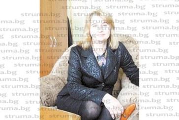 Гимназистка с гневен пост във Фейсбук възропта срещу кабинетната система и студа в ПГИ, директорът А. Бояджиева я привика за обяснение