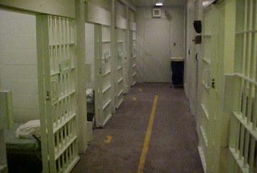 Пратиха затворник в карцера, провинението му ще ви изуми
