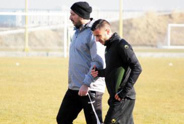 Карата от Ново Делчево започна тренировки с канарчетата, комитата З. Динев се контузи