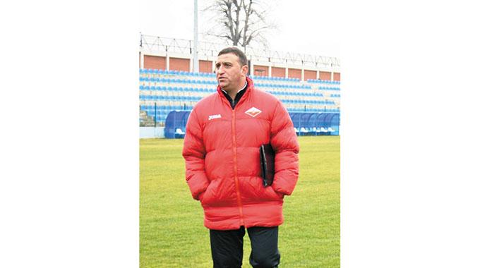 Снегът и дъждът провалиха контролите на три отбора от Пиринско