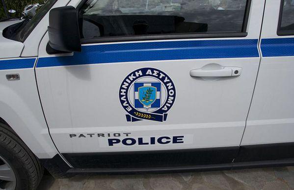 Полицията спипа камион, натоварен с краден багер в Кресна