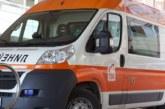 Кола блъсна училищен автобус в Кюстендил