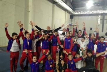 Пернишките таекуондисти с 33 медала от държавното в Благоевград