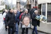 Тишина, дъжд и сълзи в Белград! Хиляди на погребението на Шабан Шаулич