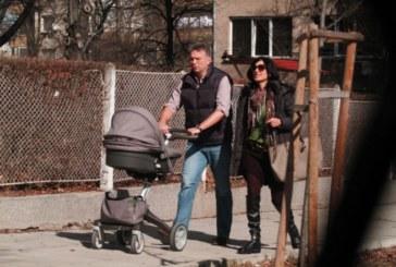 Ники Дойнов чака бебе, кръщава второто си дете Анна