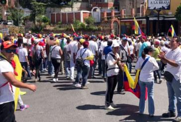 Напрежението във Венецуела ескалира! Военни откриха огън срещу протестиращите
