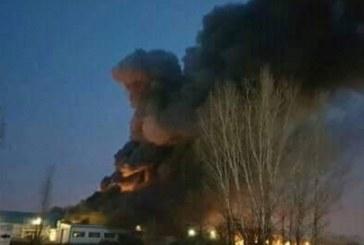 Голям пожар във Войводиново, 14 екипа са на мястото