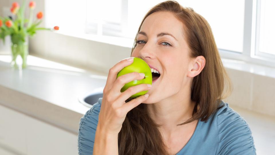 Какво ви очаква, ако ядете по една ябълка на ден