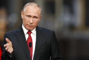"""Путин със """"закон за кръстника"""" в Русия"""