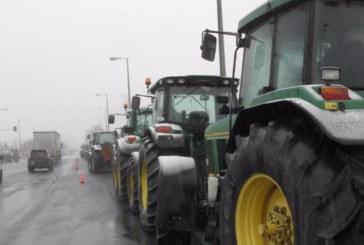 """Пренасочват влизащите през """"Промахом"""" автомобили по обходен маршрут, пътят Серес – Солун затворен заради стачка на фермери"""