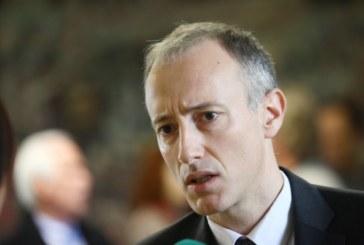 Министър Вълчев: Новият изпит в десети клас не е матура