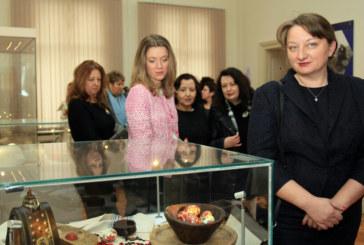"""Зорница Русинова: В България няма """"различни"""" деца"""