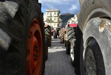 Протестиращите гръцки фермери дадоха отсрочка до понеделник на правителството