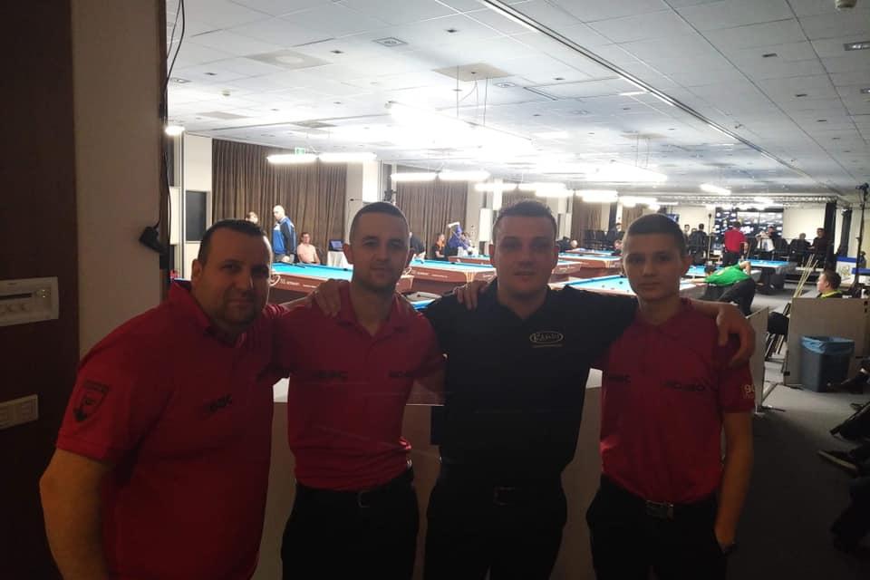 Петричани тръгнаха с победи на турнира по билярд в Холандия