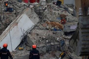 Загиналите при срутването на жилищната сграда в Истанбул вече са 21