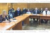 """АПИ абдикира от казуса Скаптопара"""", министър Банов не дойде на кръглата маса в Благоевград, кметът Камбитов прати заместничката си"""