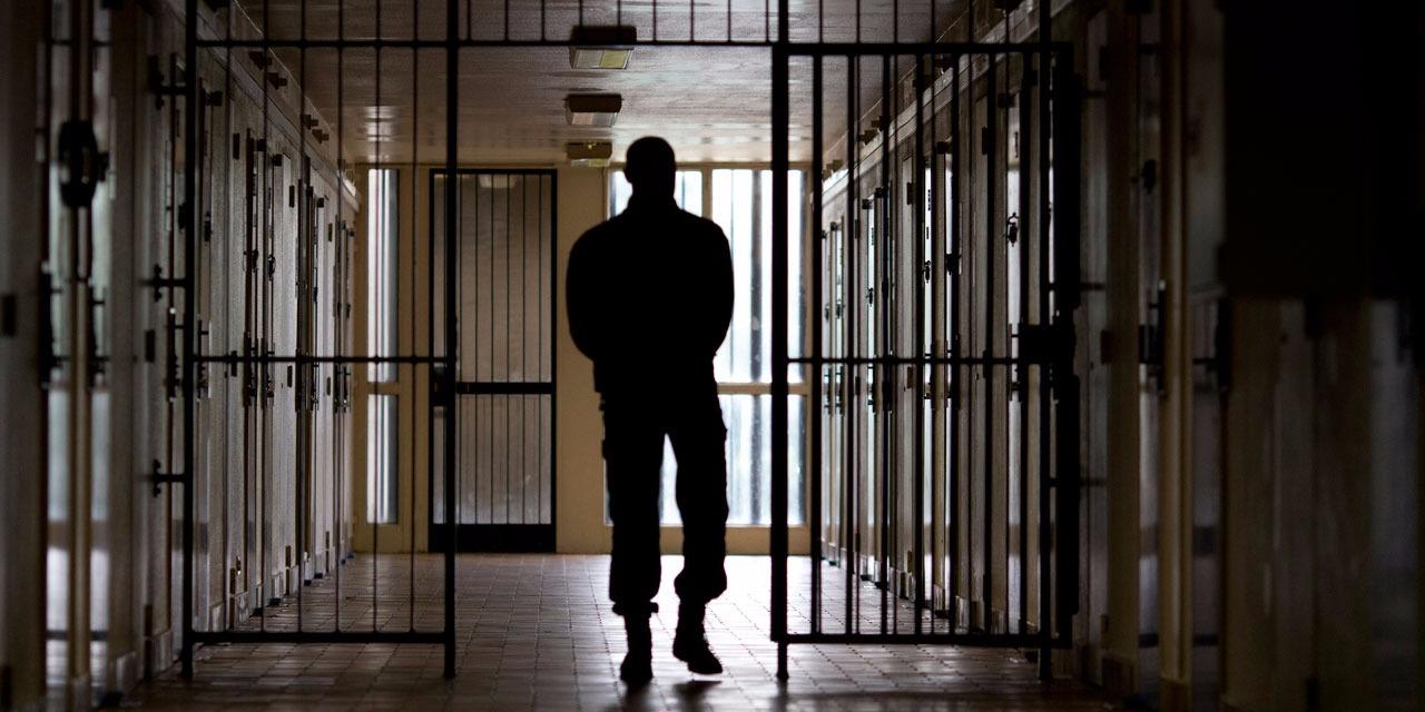 Рецидивист с рекорд, влиза за 15-и път в затвора