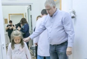 """Специалисти от """"Пирогов"""" отново ще преглеждат безплатно деца в Сандански"""