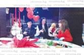Петрички интелектуалци честваха Трифон Зарезан  и Св. Валентин с вино, поезия и романтична музика