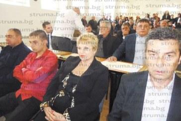 След лудо наддаване и 20 пъти скок над оценката синът на съветничката Д. Бацанова брои 41 000 лв. за право на строеж върху 60 кв.м общинска земя в Петрич