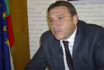 Ат. Камбитов стартира обществените поръчки с пряко договаряне  за 2019 г. с фаворита-бояджия Ив. Митев