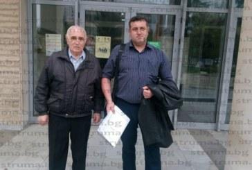 """Връщат на """"поправителен"""" делото срещу бившия полицай Стефан Филипов и баща му след условните присъди за незаконно оръжие"""