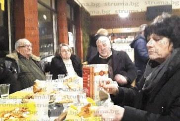 Кюстендилски поет превърна жителите на родното си село Стенско в главни герои на книга