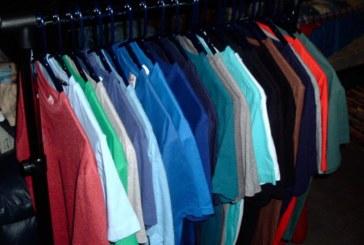 Мъж облече 260 тениски наведнъж, подобри световен рекорд