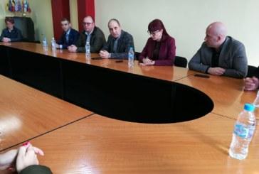 Правителството осигурява допълнителни средства  за община Струмяни