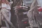 Деси Банова свали гарда след катастрофата, юрка ново семпло джипче