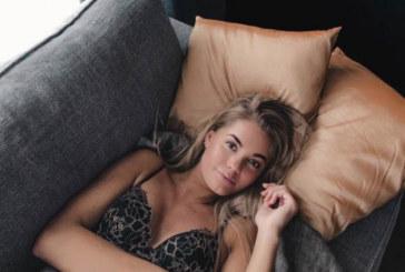 Красива моделка издъхна часове преди 20-ия си рожден ден (СНИМКИ)