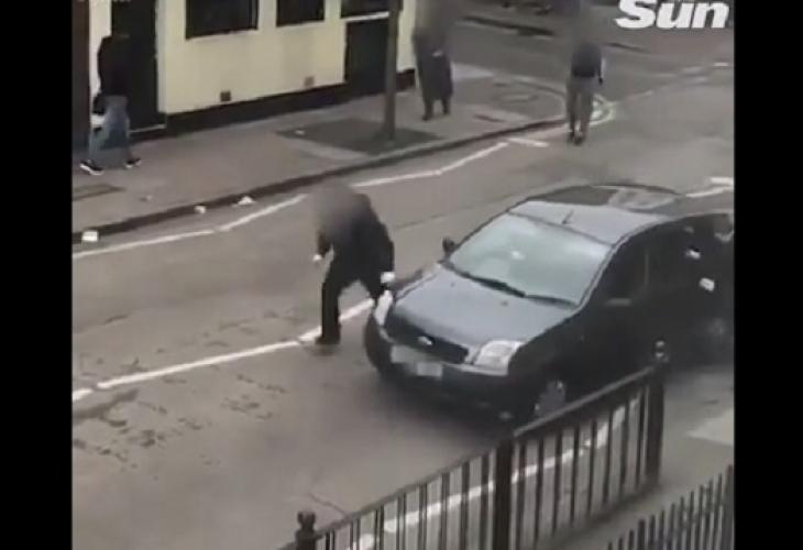 След ужаса в Нова Зеландия, нападнаха и джамия в Лондон