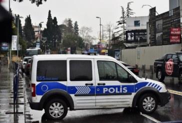 Разбиха мрежа за фалшиви златни бижута в Истанбул