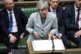 Пореден удар за Мей! Трима министри подадоха оставки