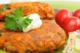 Зеленчукови кюфтета с кашкавал и чеснов сос