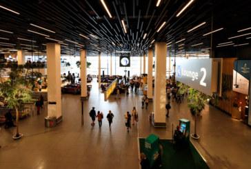 Десетки отменени полети в Амстердам заради силен вятър