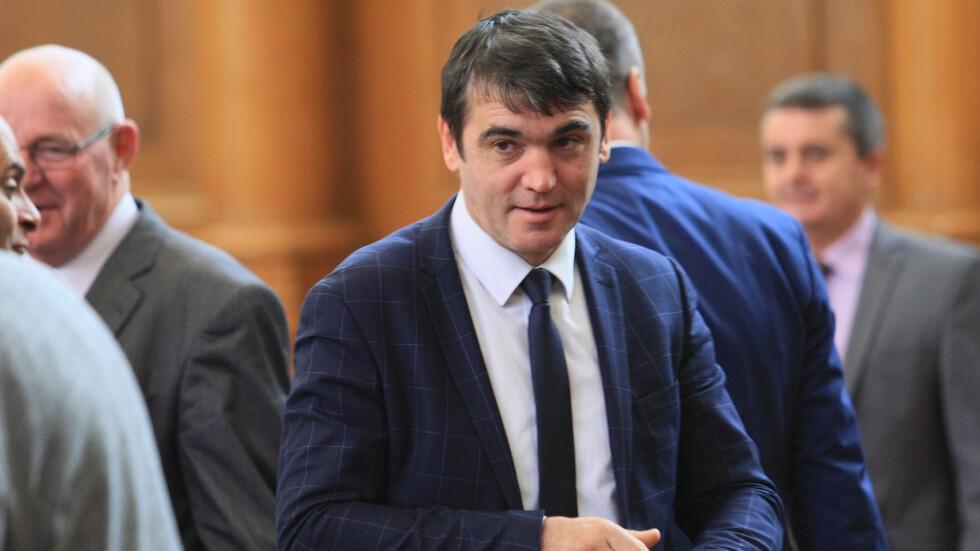 Комисия ще проверява за фиктивни български училища в Украйна