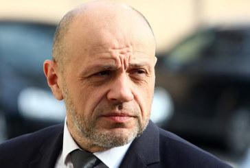 Дончев: Скандалът с апартаментите има потенциал да нанесе щети