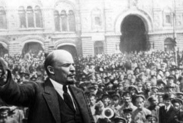 Мъж се опита да съживи мумията на Ленин със зехтин