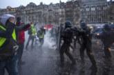 """Сблъсъци по време на протеста на """"жълтите жилетки"""" в Париж"""