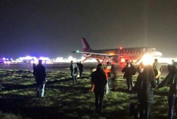 Осем ранени при излитане на самолет на лондонско летище