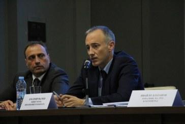Министър Вълчев даде отлична оценка за работата на училищата в Банско