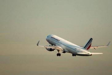 Какво става в небето! Самолет с 501 души аварира над Нигер и се върна на летището